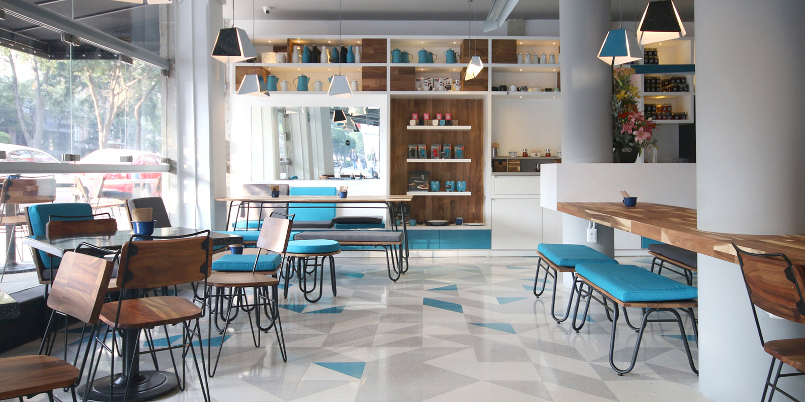 Diseño de concepto, marca e interiores de la lonchería Peltre.
